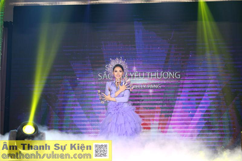 Âm Thanh Sự Kiện - amthanhsukien.com hân hạnh cung cấp hệ thống ánh sáng, sân khấu và khói lạnh cho sự kiện Nails Day.