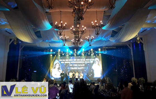Cho thuê âm thanh ánh sáng Thanks Party tân hoa hậu người Việt tại châu Âu 2018 Vũ Thị Loan.