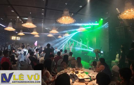 Cho thuê âm thanh ánh sáng tổ chức tiệc cho hội nghị